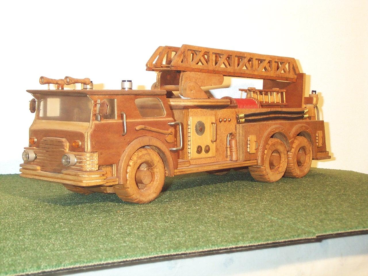 camion pompier am ricain maquette en bois cabrera. Black Bedroom Furniture Sets. Home Design Ideas